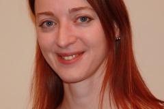 Michaela Weghofer spielt: Frieda, Mitglied des Diätclubs, stets in Angst, ein paar Gramm zu viel zu haben